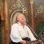 În Ajunul Crăciunului, Ştefan Hruşcă a colindat la Sîngeorz-Băi