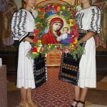 Procesiune-cu-icoana-Maicii-Domnului-in-Parohia-Ilva-Mica-4