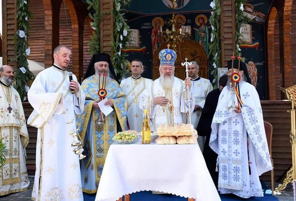 "<a class=""imagineslider-posttitle-link"" href=""http://www.protopopiatulnasaud.ro/hramul-manastirii-schimbarea-la-fata-de-la-ilva-mare/"">Hramul Mănăstirii ""Schimbarea la Fată"" de la Ilva Mare</a>"