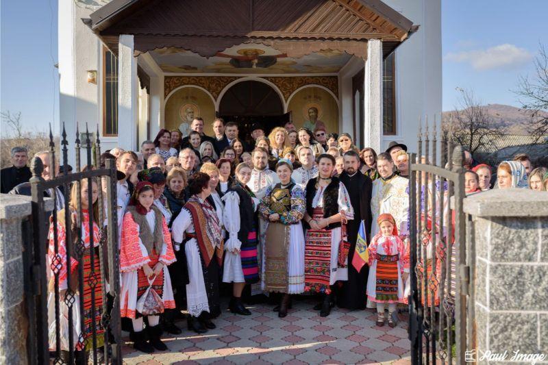 "<a class=""imagineslider-posttitle-link"" href=""http://www.protopopiatulnasaud.ro/din-suflet-pentru-satul-romanesc/"">Din Suflet Pentru Satul Românesc</a>"